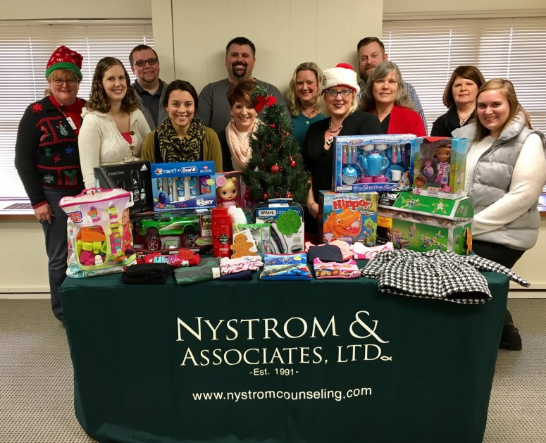 Nal Duluth Makes Christmas Brighter For A Family In Need Nystrom