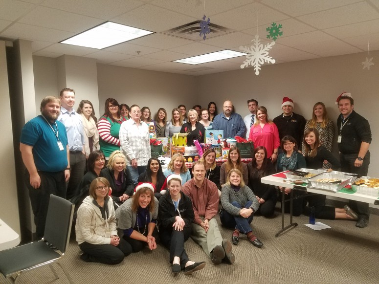 Nal Maple Grove Spreads Christmas Cheer Nystrom Counseling