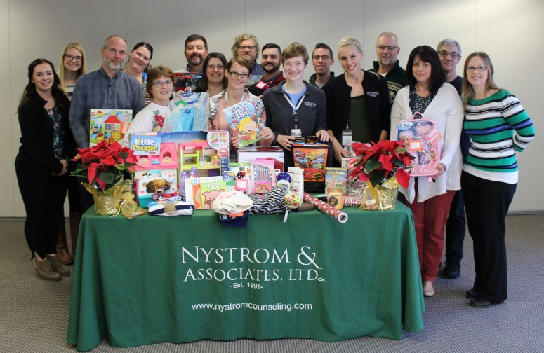 Nal New Brighton Spreads Christmas Cheer Nystrom Counseling